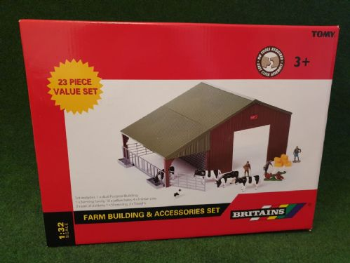 Farm Building & Figures Set